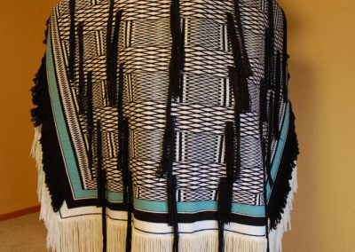 Oregon Lattice Band Robe
